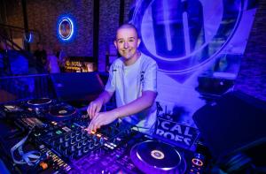 DJ Bradley Q